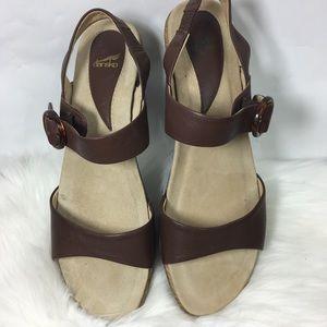 Dansko Sandal Size 42 (12)
